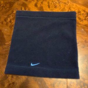 Nike neck roll